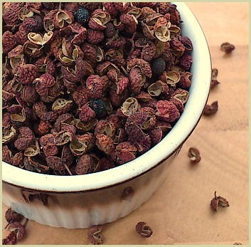Picture of Sichuan peppercorns